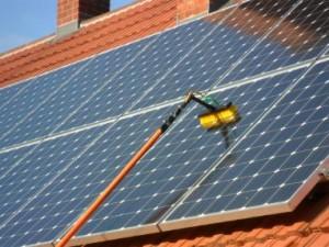 schone zonnepanelen in Hoorn zonder gebruik van chemicalien